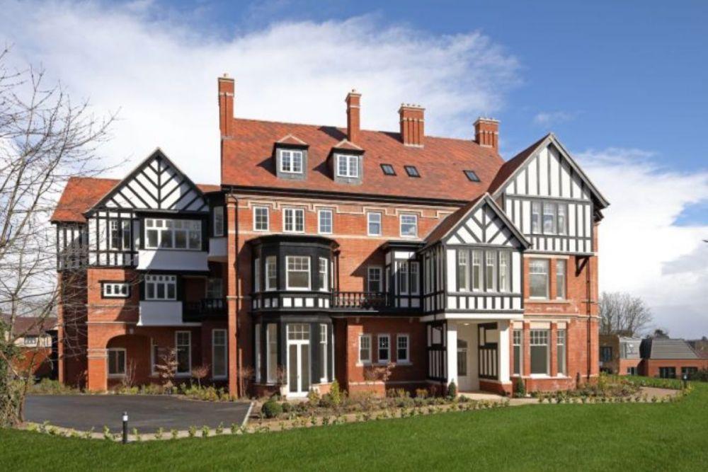 Manor External