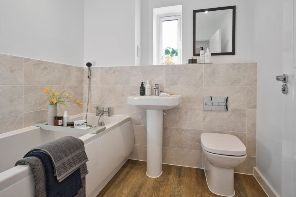 The Romsey Bathroom (Willow Place)