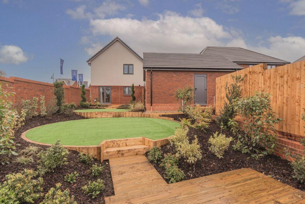 The Elsenham - Garden